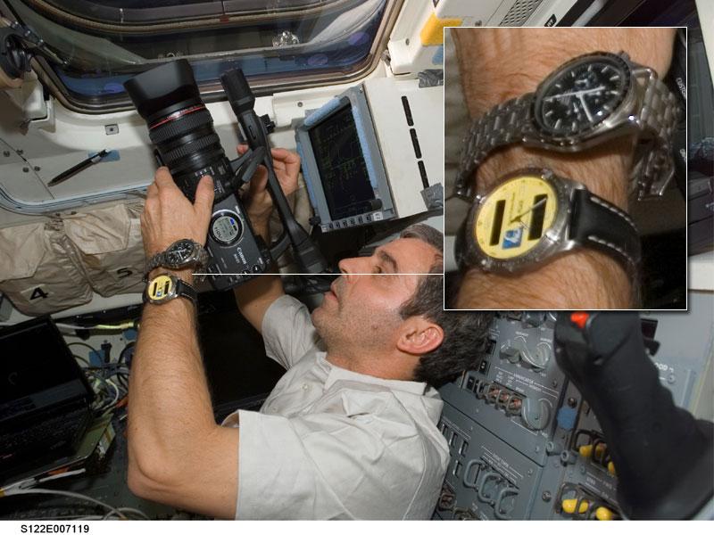 Les montres dans l'espace Space014