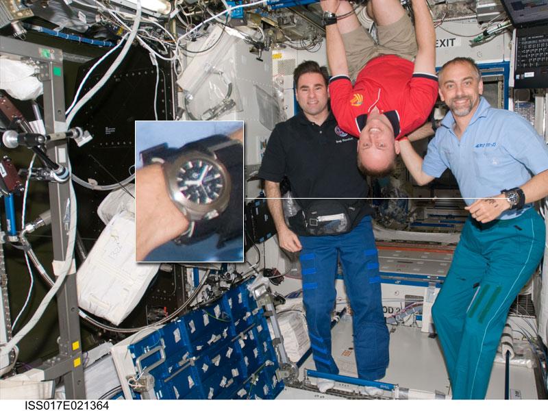 Les montres dans l'espace Space112