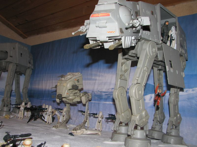 """Making of Diorama """"Hoth battle"""". Star wars vintage empire contre attaque. - Page 5 Battle15"""