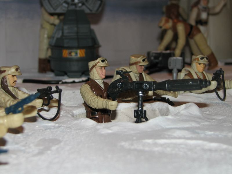 """Making of Diorama """"Hoth battle"""". Star wars vintage empire contre attaque. - Page 5 Battle18"""