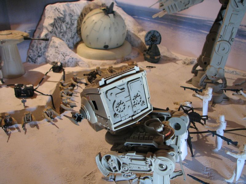 """Making of Diorama """"Hoth battle"""". Star wars vintage empire contre attaque. - Page 5 Battle23"""