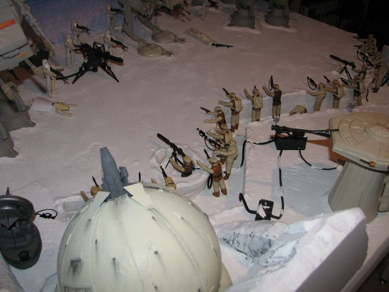 """Making of Diorama """"Hoth battle"""". Star wars vintage empire contre attaque. - Page 5 Battle25"""