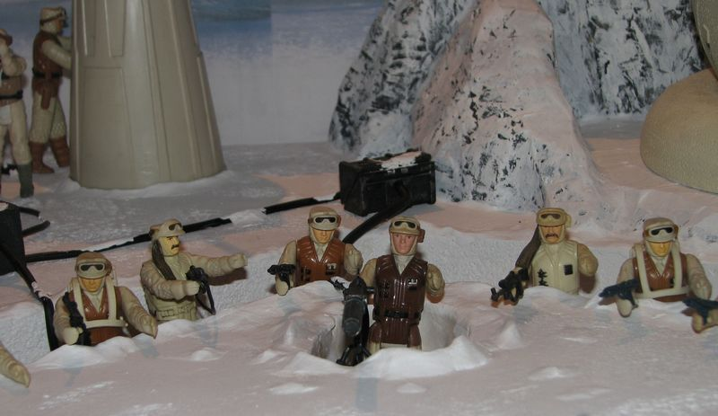 """Making of Diorama """"Hoth battle"""". Star wars vintage empire contre attaque. - Page 5 Battle28"""