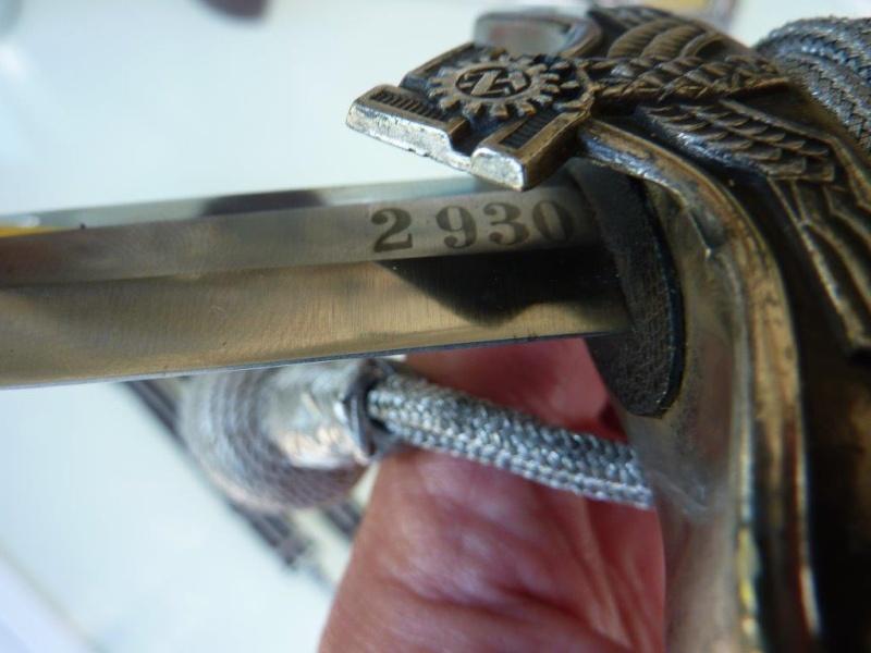 Dague Officier Teno (complète) - Eickhorn P1210131