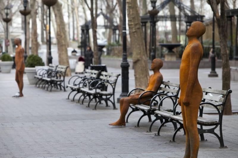 Une sculpture / un sculpteur en passant - Page 2 A417