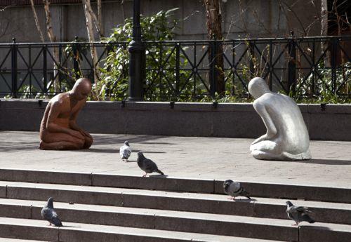 Une sculpture / un sculpteur en passant - Page 2 A418