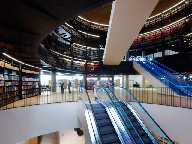 Des bibliothèques prestigieuses. Aa405