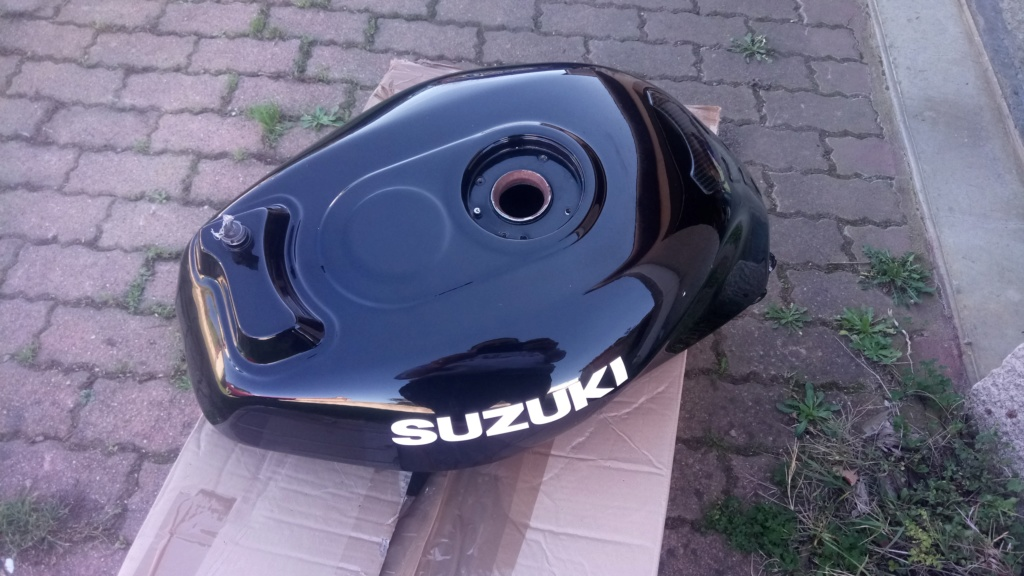 Suzuki GSX-R Slabside 750 (85-87) et 1100 (86-88) Sujet N°2 - Page 4 Dsc_2411