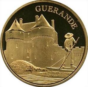 Souvenirs et Patrimoine 34mm  = 24 Gueran10
