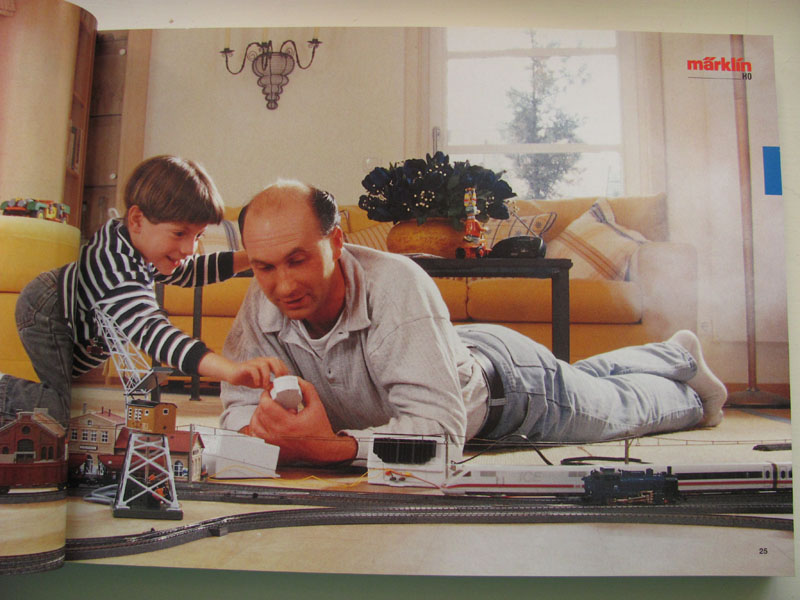 [Märklin] Catalogue 1999-2000 Img_0438