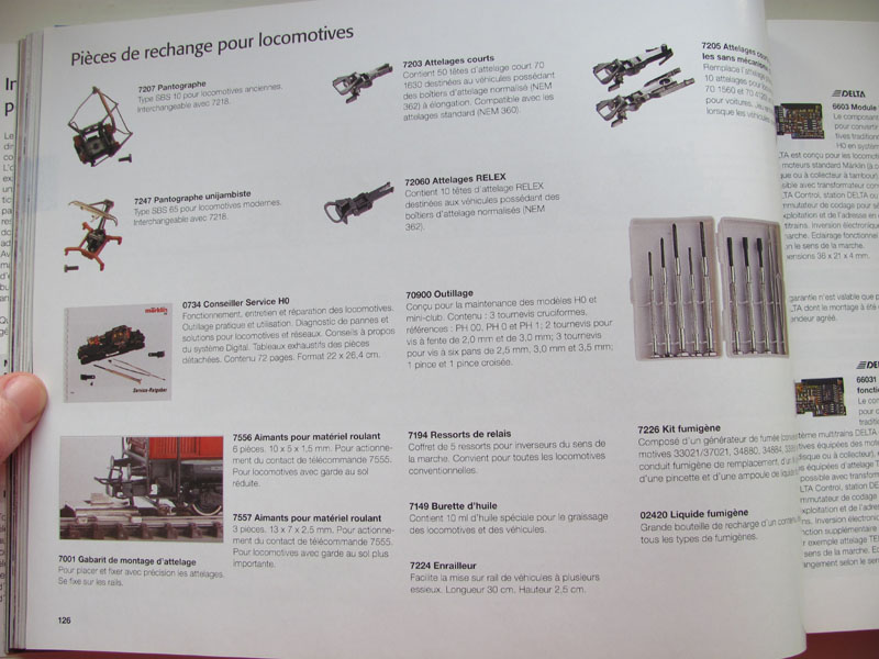 [Märklin] Catalogue 1999-2000 - Page 2 Img_0659