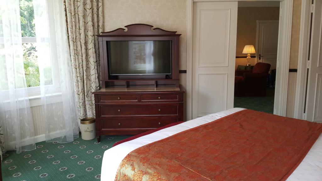 [Topic unique] Les suites des hôtels Disney, Castle Club et Empire State Club - Page 34 20180990