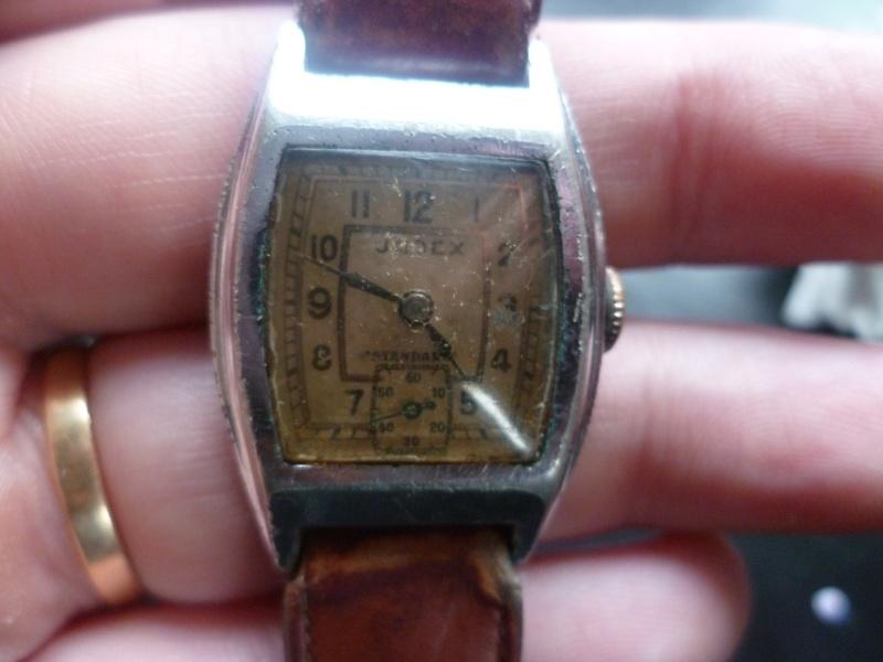 Ces vieilles montres qui ne valent rien... P1070114