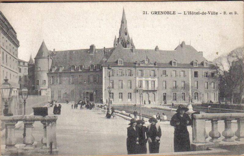 Nouvelle énigme - Hôtel de Ville Grenob10