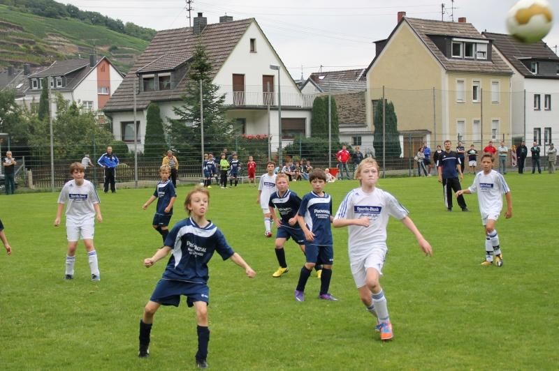 2. Spieltag: SG Bachem/Walporzheim I - SG Bad Breisig 10:2 D1brei11