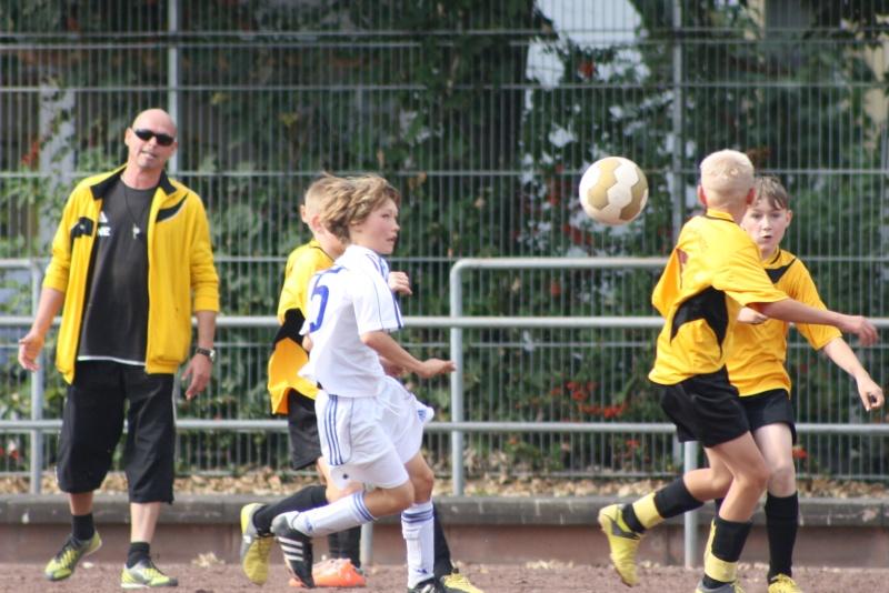 4. Spiel: SG Bachem/Walporzheim - SC Sinzig 2:3 (0:2) Img_7045