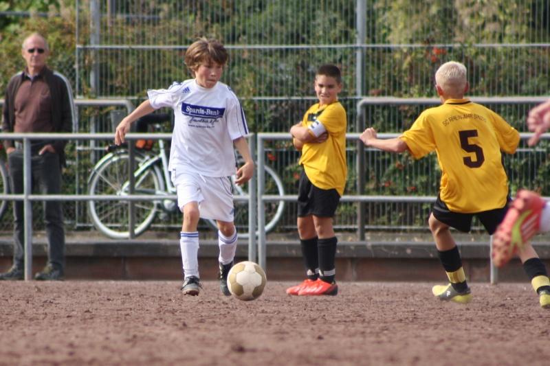 4. Spiel: SG Bachem/Walporzheim - SC Sinzig 2:3 (0:2) Img_7050
