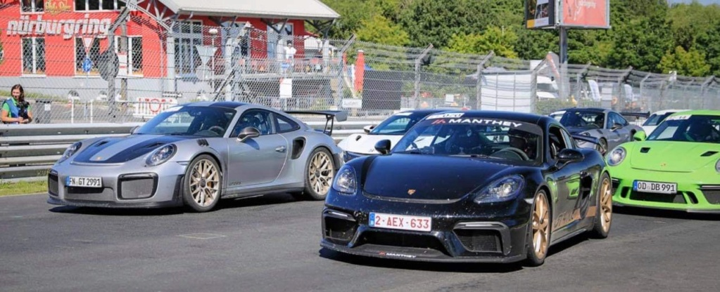 Présentation gt4 manthey racing  C897ba10