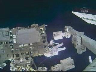 [STS-126] Endeavour : La mission - Page 5 Ceta3111
