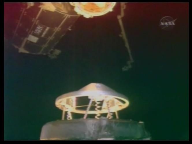 [STS-126] Endeavour : La mission - Page 3 Sans_107