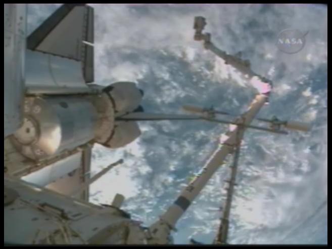[STS-126] Endeavour : La mission - Page 3 Sans_122
