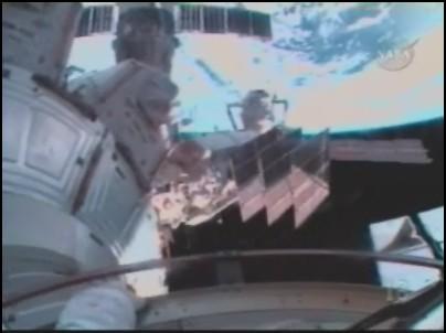 [STS-126] Endeavour : La mission - Page 5 Sans_128