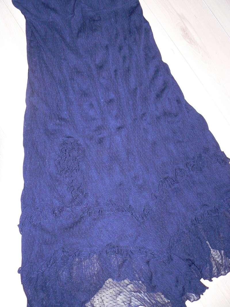 je cherche une robe ou ensemble jupe P1100524