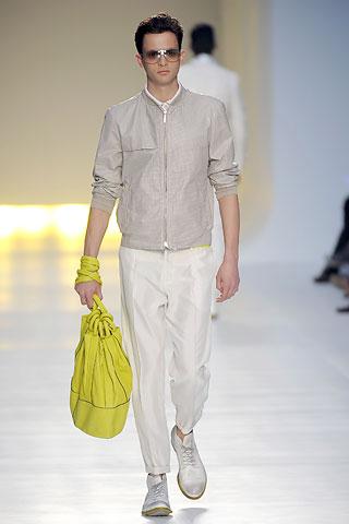 foto gaya berpakaian 2009 -pria Cnatio13
