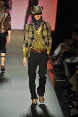 foto gaya berpakaian 2009 -pria Gaulti10