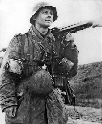 Soldats de la Luftwaffe - Page 3 Luftwa10