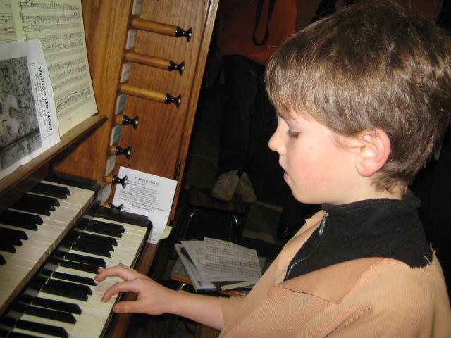 Fête de Noël des enfants à l'église le 21 décembre 2008 Img_2027