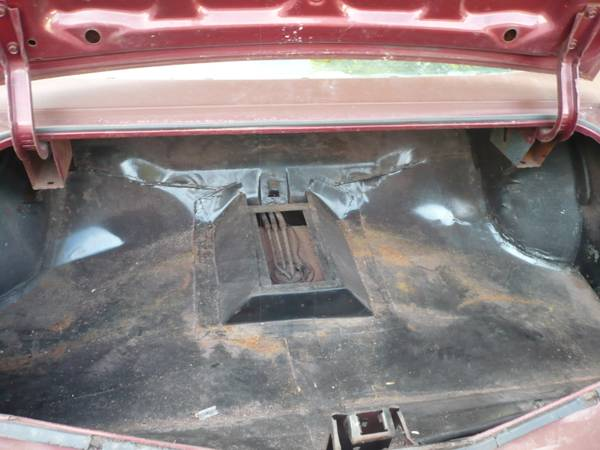 4 speed bench seat Trunk10