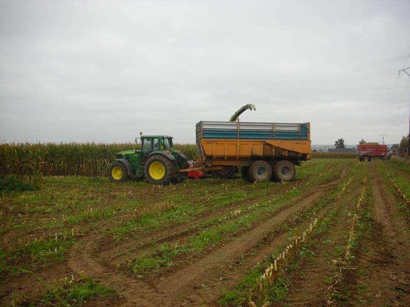 Ensilage de maïs 2008 - Page 6 Dscn1612