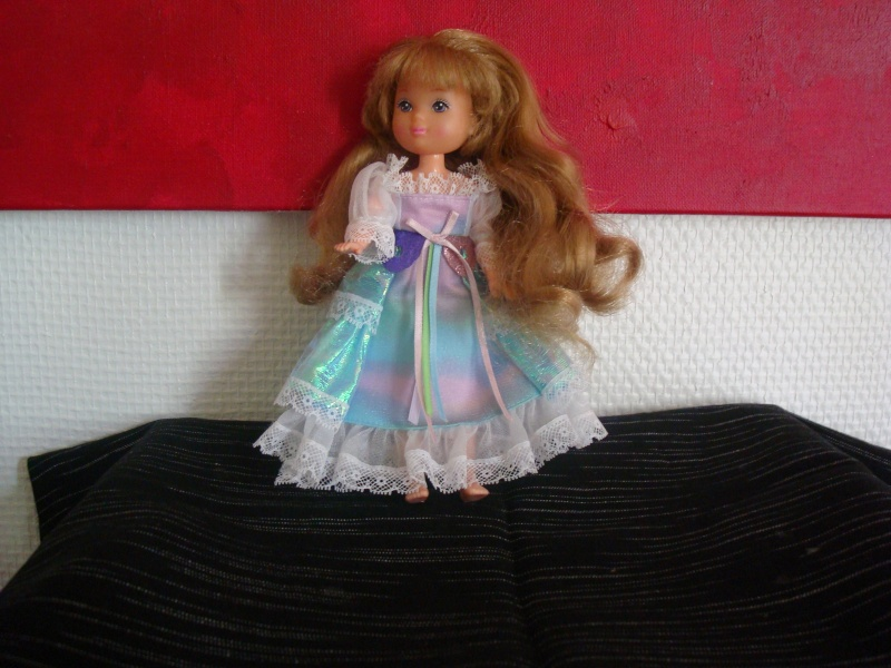 Ma Collection des Lady Lovelylocks by Vanessa - Page 2 Dsc00313