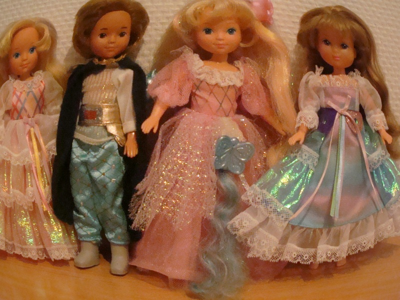 Ma Collection des Lady Lovelylocks by Vanessa - Page 2 Dsc00439