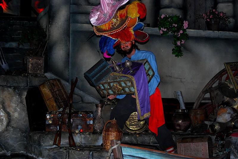 Un séjour plein de surprises à Disneyland Paris (Hotel New York 3j/2n) - Page 4 Disne106