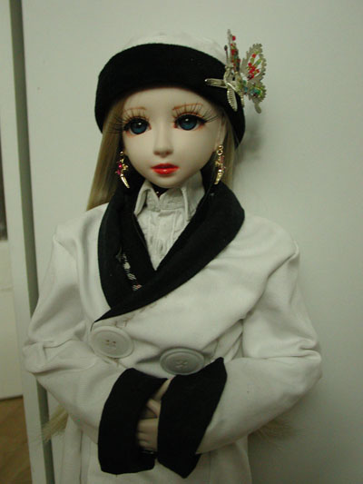 couture Lumineko : p 9 Robe Model Doll Dana 10/06 - Page 7 Epsn0039