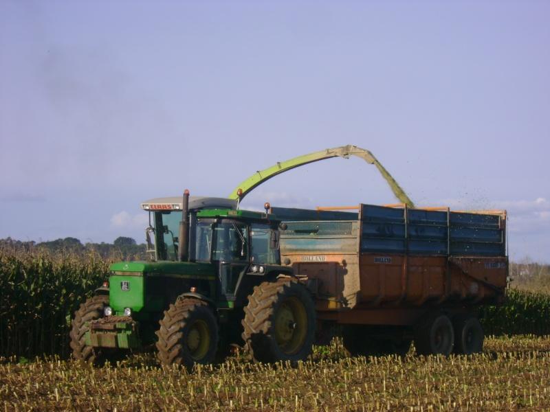 Ensilage de maïs 2008 - Page 6 Dsc05016