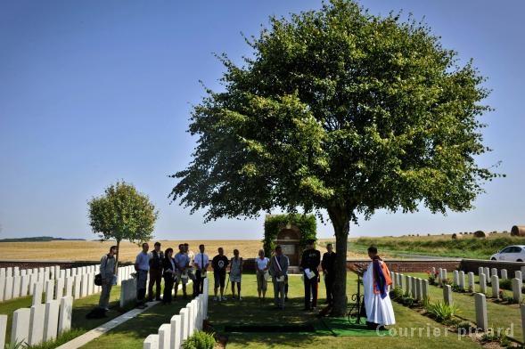 A la découverte des mémoriaux et cimetières militaires - Page 4 90982610