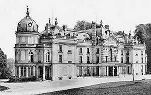 Le château de Champs sur Marne - Page 6 Chatea11