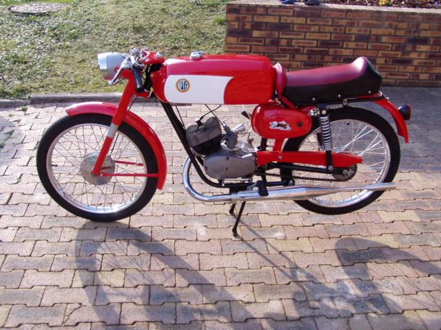Et hop, une Béta Camoscio 1968 4 vitesses. P1010011