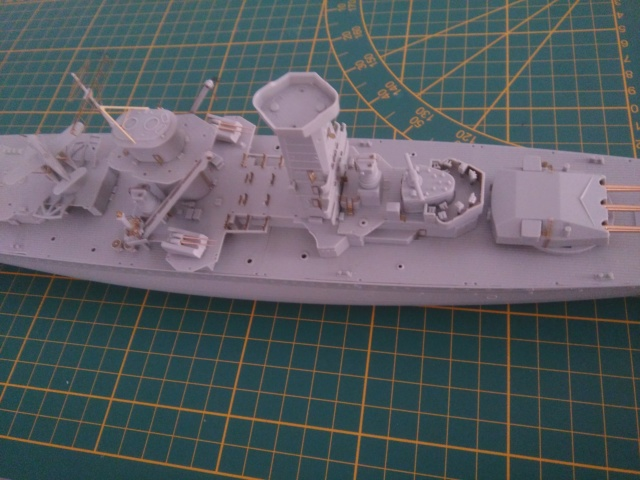 Admiral Graf Spee Academy 1/350 + PE Eduard + canons Master Model  - Page 2 Img_2104
