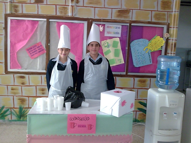 Grade 7 \'\'mini restaurant\'\' Image028