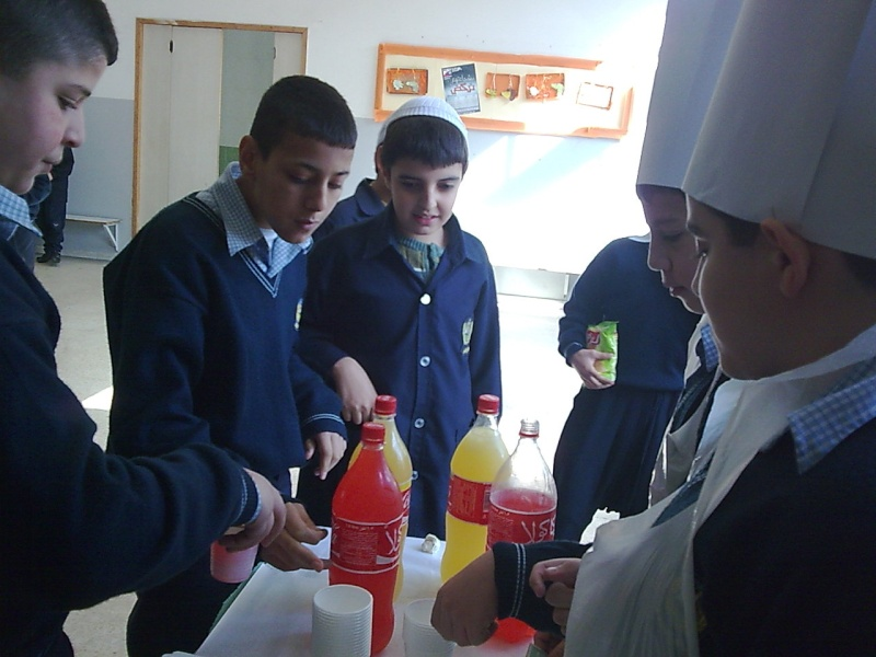 Grade 7 \'\'mini restaurant\'\' Image030