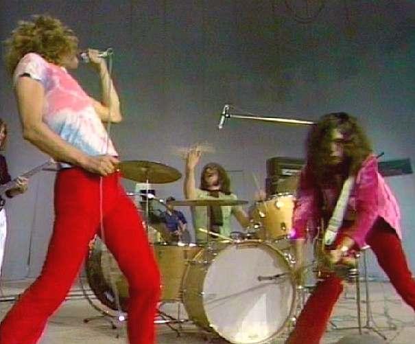 Led Zeppelin - 1969-10-10 - Paris 85xdo510