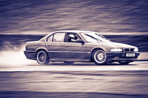 Mon autre: BMW 730i Fjordgrau de 1995 - Page 3 52879510
