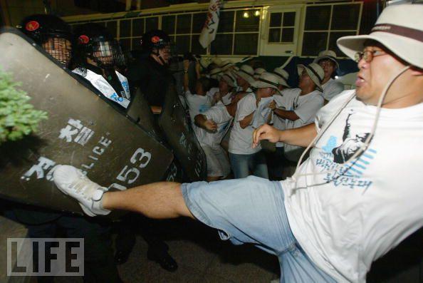 Lucha Loco 02/03/2011 Riot310