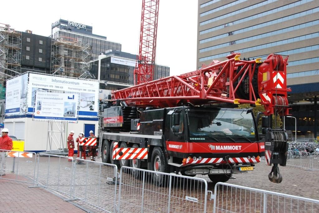 Opbouw rupskranen Den Haag CS, 07-09-2008 Dsc_1312