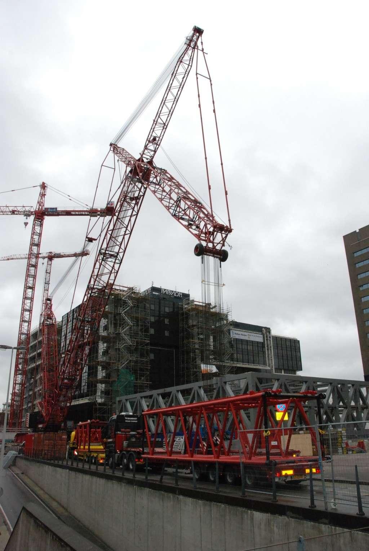 Opbouw rupskranen Den Haag CS, 07-09-2008 Dsc_1317
