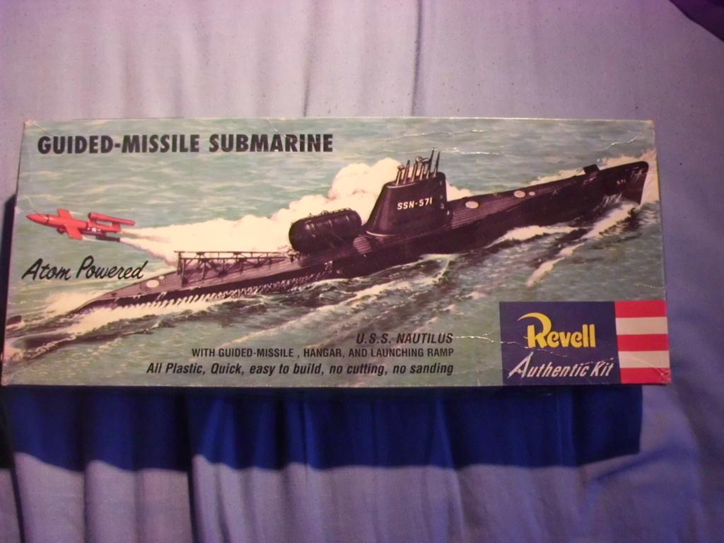 [REVELL] Sous-marin nucléaire d attaque SSN 571 USS NAUTILUS 1/305ème Réf H305  Cimg6842